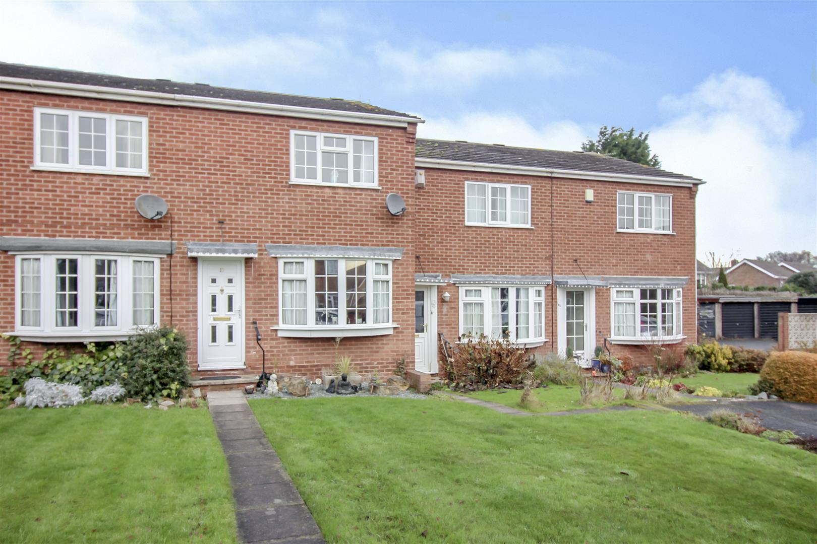 2 Bedrooms House for sale in Sunlea Crescent, Stapleford,